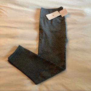 NWT Fabletics high waisted mesh leggings